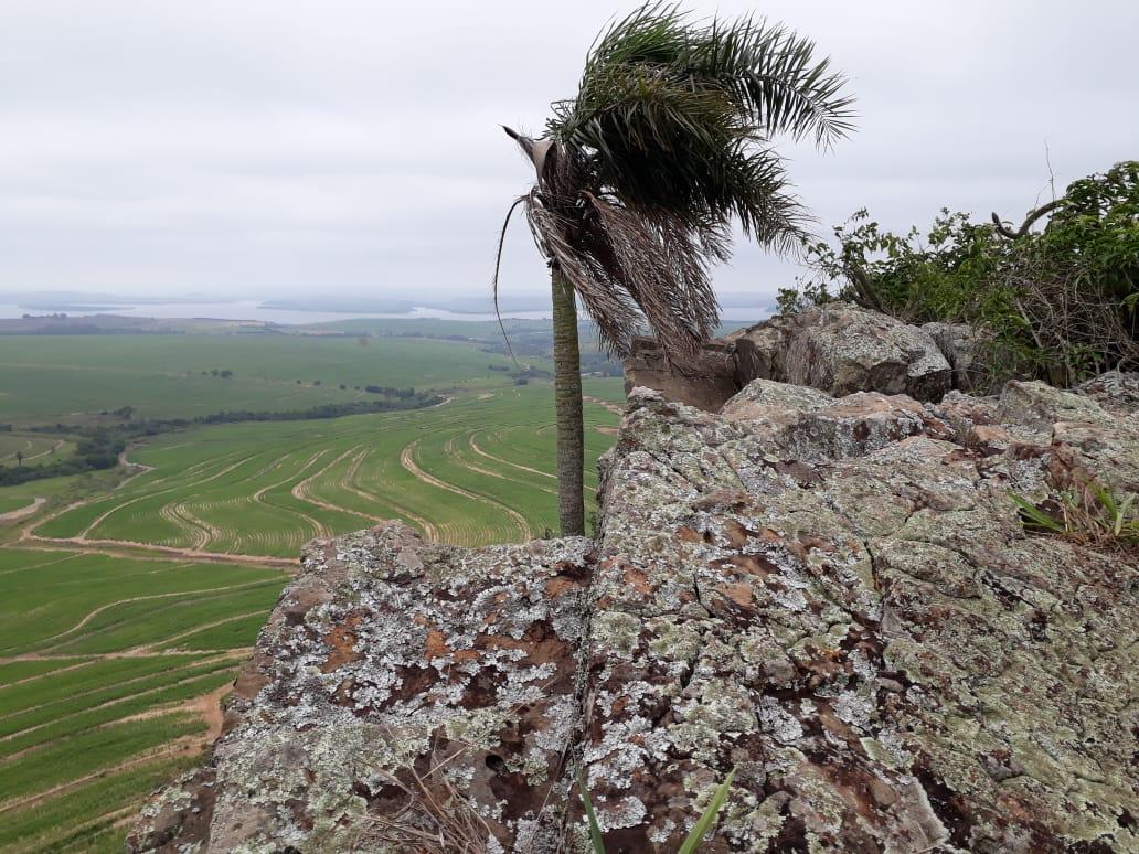 Pedra Branca, um dos locais que será explorado turisticamente por Mineiros do Tietê